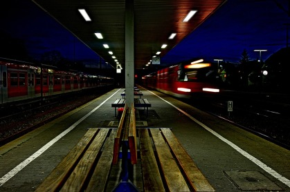 railway-station-999864_960_720.jpg